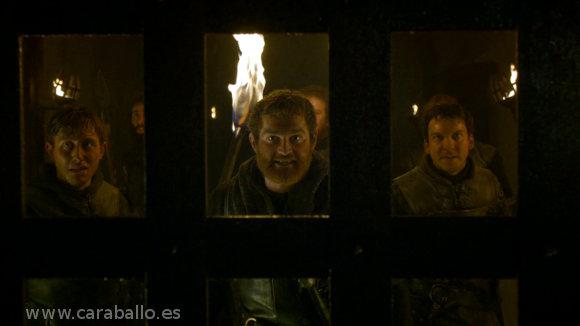 Juego de Tronos 4x09. «Los vigilantes del Muro» - Grenn: «Mantened la puerta».