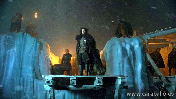 Juego de Tronos 4x09. «Los vigilantes del Muro». Jon Nieve otea lo que se viene