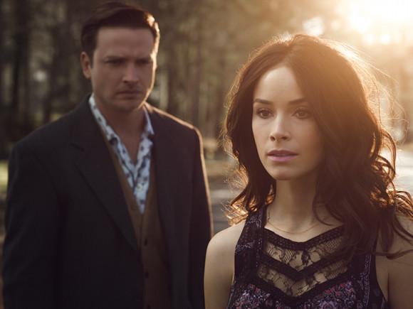 Segunda temporada de Rectify - Holden (Aden Young) y Amantha (Abigail Spencer)