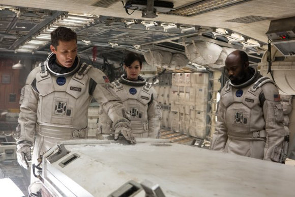 Interstellar - Matthew McConaughey, Anne Hathaway y David Gyasi