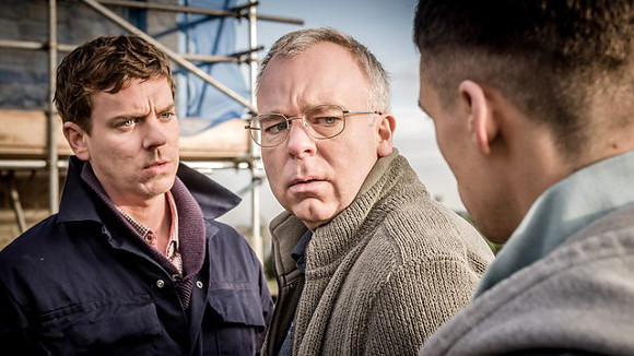 Happy Valley - Joe Armstrong (Ashley Cowgill), Steve Pemberton (Kevin) y Adam Long (Lewis)