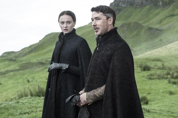 Juego de Tronos - Arya regresa a Invernalia con Meñique