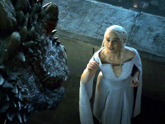 Juego de Tronos - Daenerys y Drogon. Amor de madre