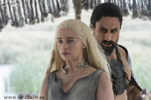 Juego de Tronos - La Mujer Roja. Daenerys y Khal Moro
