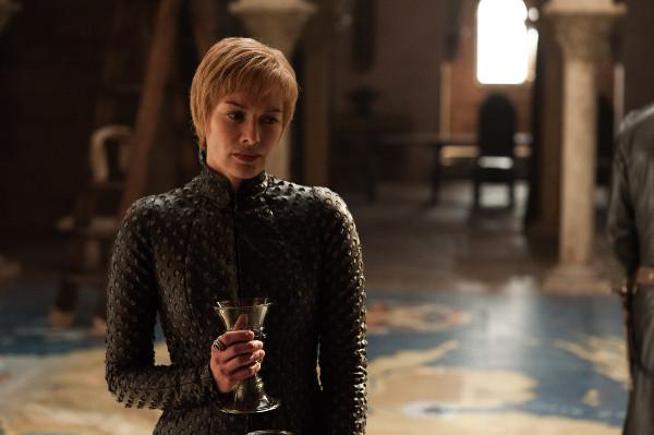 Juego de Tronos T7x01 - Rocadragón - La Reina Cersei más reina que nunca