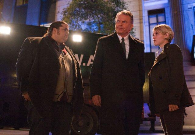 """Sam Neill, Jorge Garcia y Sarah Jones en la insípida """"Alcatraz"""""""