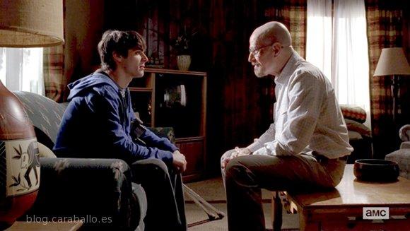 Breaking Bad 5x11. 'Confessions (Confesiones)'. Walter tiene algo que contarle a Junior.