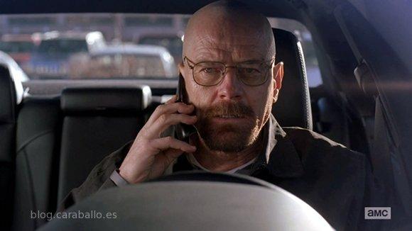 Breaking Bad 5x12. 'Rabid Dog (Perro Rabioso)'. Heisenberg al teléfono.