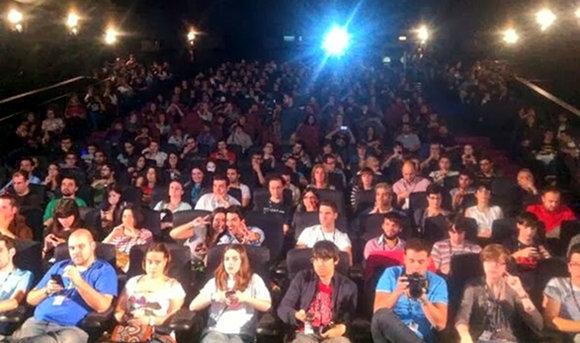 Festival Canal+ de Series 2013. Llenazo absoluto en el Birra Series.