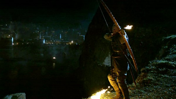 Game of Thrones T02E09. Bronn y el fuego.