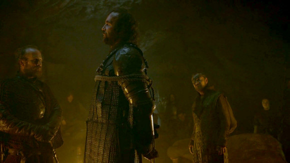 Juego de Tronos - And Now His Watch Is Ended - Thoros de Myr, Sandor Clegane, Ser Beric Dondarrion y Arya Stark