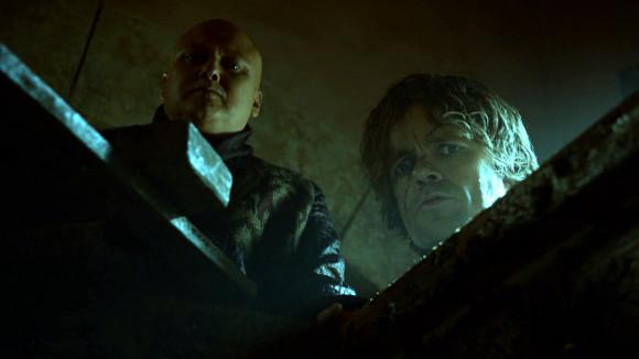 Juego de Tronos - And Now His Watch Is Ended - Varys, Tyrion y una caja de Essos