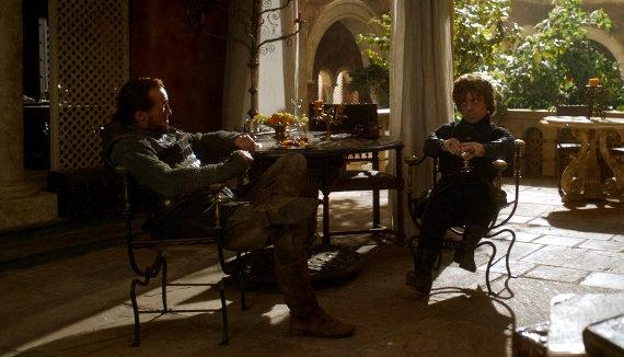 Juego de Tronos - El Oso y la Doncella. Tyrion aconsejado por Bronn