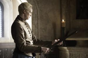Juego de Tronos - Guardajuramentos. Brienne y la espada