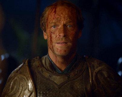 Juego de Tronos - Las Lluvias de Castamere. A Jorah Mormont le rompen el corazón en mil pedazos