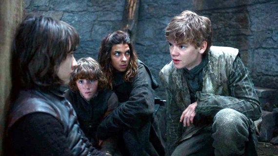 Juego de Tronos - Las Lluvias de Castamere. Bran y Rickon Stark se separan
