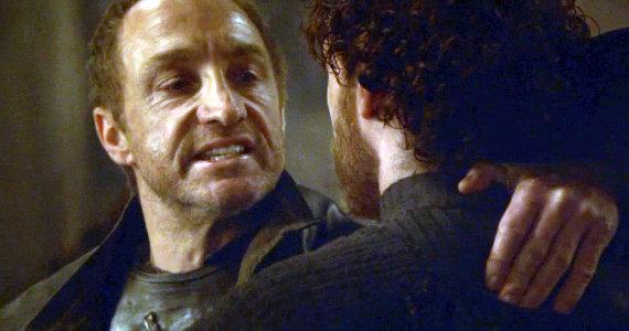 Juego de Tronos - Las Lluvias de Castamere. Lord Bolton a Robb 'Los Lannister os envían recuerdos'