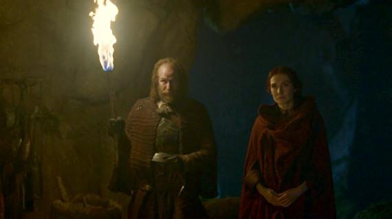 Juego de Tronos - The Climb (El Ascenso).Thoros de Myr y Melisandre, saderdotes de R'hllor