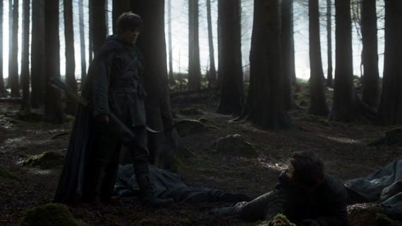 Juego de Tronos - Theon es salvado por un misterioso arquero
