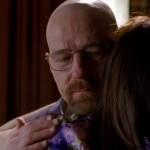 La sonrisa de Heisenberg escondida tras el abrazo a Marie.