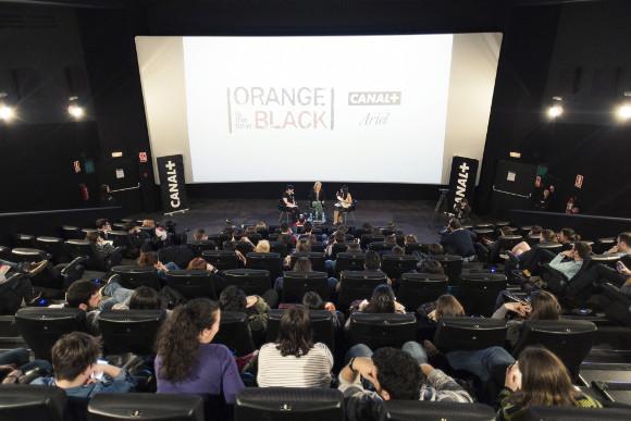 Piper Kerman atrajo a blogueros y admiradores de la serie OITNBG  - Foto: Enrique Cidoncha