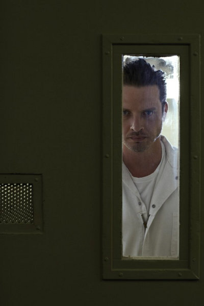 Rectify - Aden Young interpreta a Daniel Holden