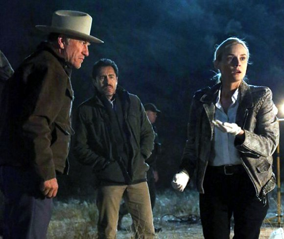 The Bridge. Ted Levine, Demian Bichir y Diane Kruger