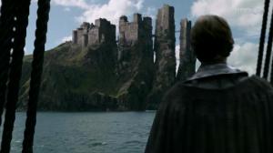 Theon llega a Pike