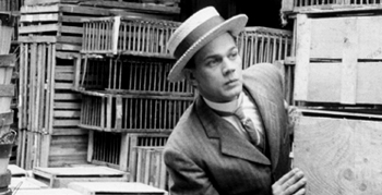 Joseph Cotten en 'Too Much Johnson""